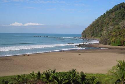Oceanfront Luxury Vacation Suite in Private Jaco Resort