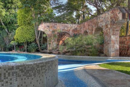 Casa los Dos Arbolitos - Cuernavaca, Mexico