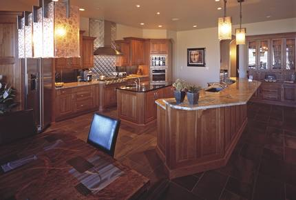 Abbotsbury Lodge - Loveland, Colorado