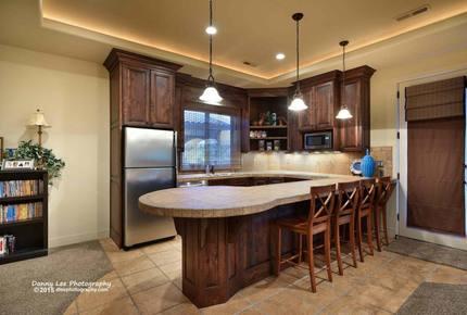 Golf Course Riverside Luxury Home - Santa Clara, Utah