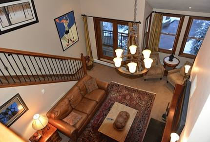 Woodrun Place - 2 Bedroom + Loft Residence