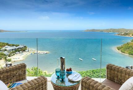 Turtle Point - Freetown, Antigua And Barbuda