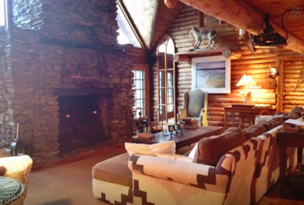 Luxury Log Cabin on Private Lake - Lovell, Maine