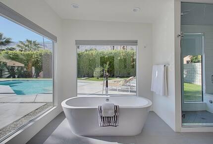 Palm Springs Modern Masterpiece - Palm Springs, California