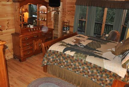 Mountain Lodge With Full Games Room! - Morganton, Georgia