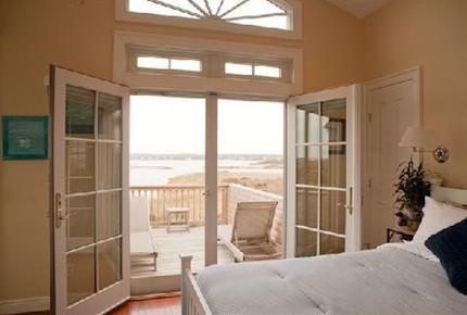 Oceanfront Rhode Island Beachhouse - Charlestown, Rhode Island