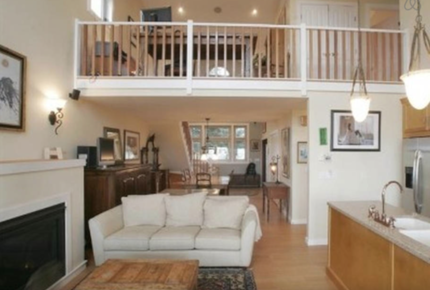 Point Roberts Designer Home on Private Beach