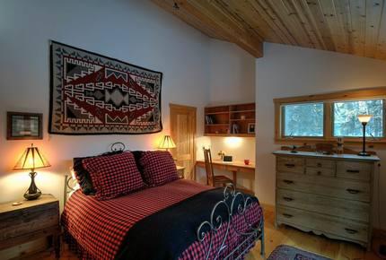 Eagle's Nest Lodge - Jackson, Wyoming