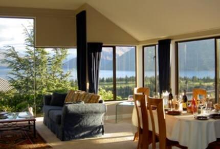 Queenstown Luxury Home - Queenstown, New Zealand